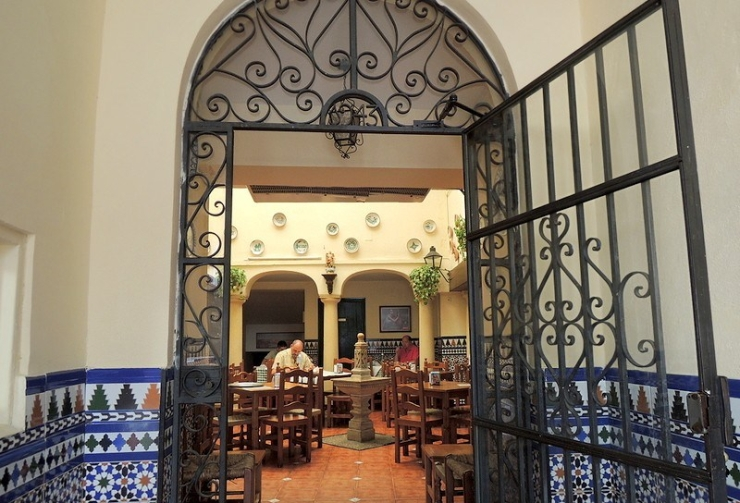cordoba-patio-restaurant-2562